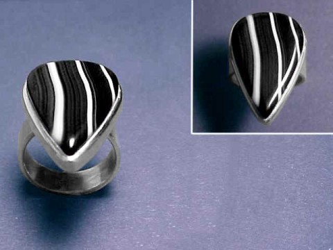 Large Image of agaj229_banded-agate-ring