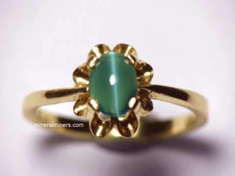 Large Image of alxj142_catseye-alexandrite-ring