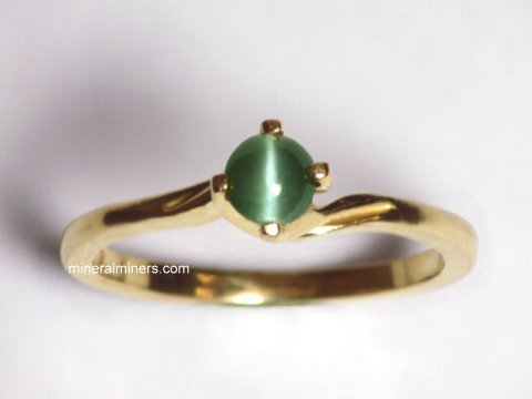 Large Image of alxj149aa_catseye-alexandrite-ring