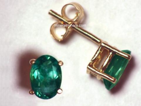 Large Image of alxj169_natural-alexandrite-earrings