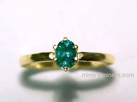 Large Image of alxj176aa_natural-alexandrite-ring