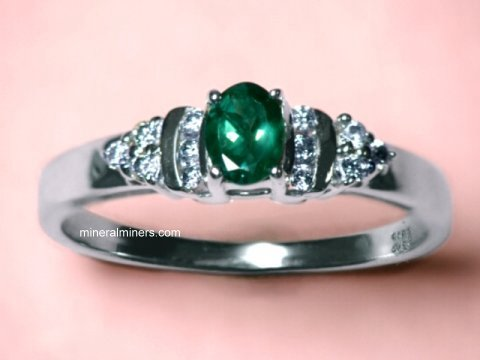Large Image of alxj184_natural-alexandrite-ring