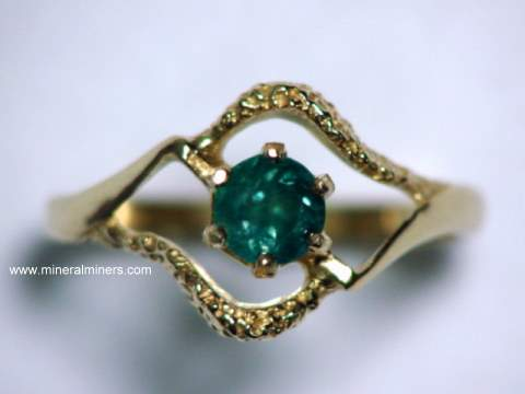 Large Image of alxj201_natural-alexandrite-ring