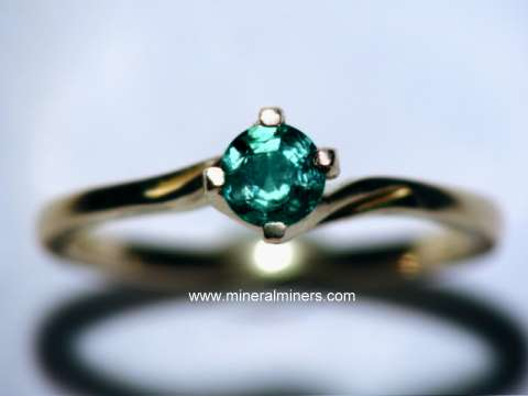 Large Image of alxj206_natural-alexandrite-ring