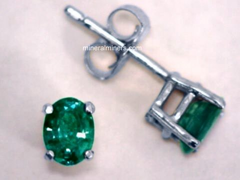 Large Image of alxj208_natural-alexandrite-earrings