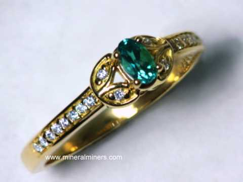 Large Image of alxj222_natural-alexandrite-ring