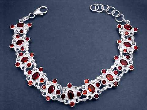 Large Image of almj121x_red-garnet-bracelet