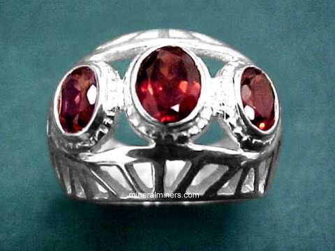 Large Image of almj163_red-garnet-ring
