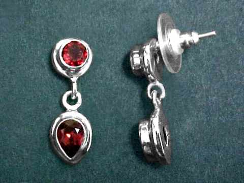 Large Image of almj167x_red-garnet-earrings