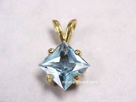 Large Image of aquj257e_aquamarine-pendant