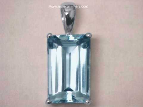 Large Image of aquj419_aquamarine-jewelry-pendant