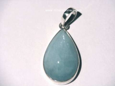 Large Image of aquj428e_aquamarine-pendant
