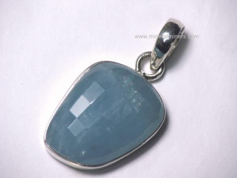 Large Image of aquj500_aquamarine-pendant