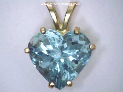Large Image of aquj514_aquamarine-jewelry-pendant