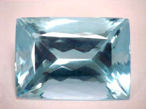 Large Image of aqug192_large-aquamarine-gemstone
