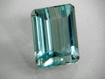 Large Image of aqug202_aquamarine-gemstone