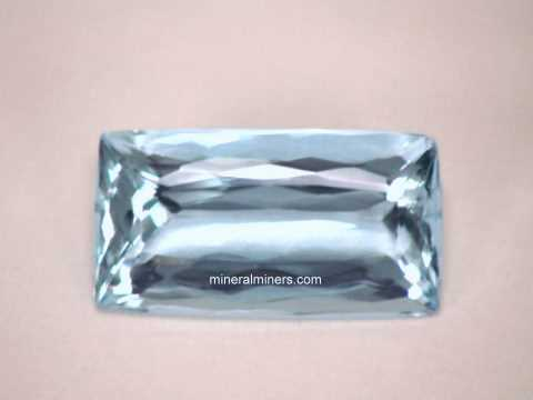 Large Image of aqug218_aquamarine-gemstone