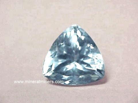 Large Image of aqug225a_aquamarine-gemstone