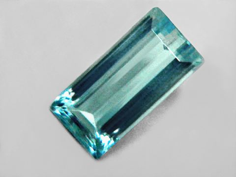 Large Image of aqug243_aquamarine-gemstone