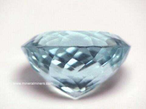 Large Image of aqug259_aquamarine-gemstone