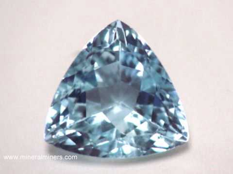 Large Image of aqug261_aquamarine-gemstone