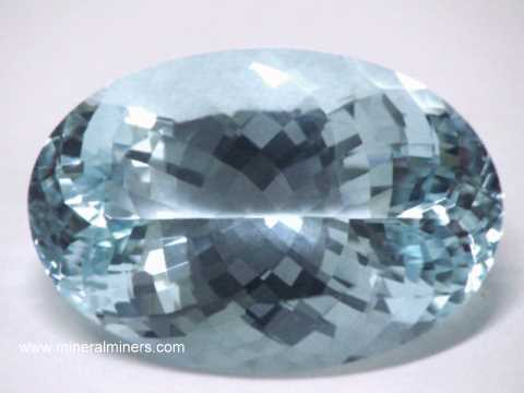 Large Image of aqug266_large-aquamarine-gemstone