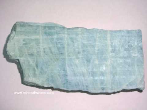 Large Image of aqum423_aquamarine-crystal-specimen