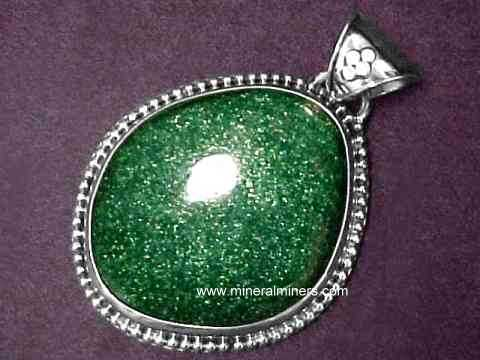 Green Aventurine Jewelry: rings, necklaces & pendants