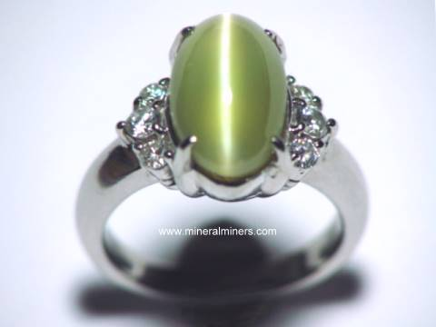 Large Image of cymj144_chrysoberyl-catseye-ring