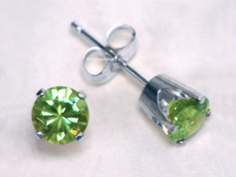 Large Image of demj104w_demantoid-earrings