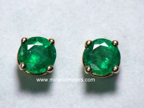 Large Image of emej207_emerald-earrings