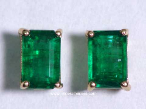 Large Image of emej209_emerald-earrings
