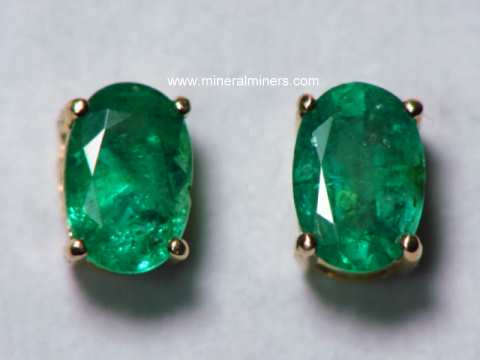 Large Image of emej211_emerald-earrings