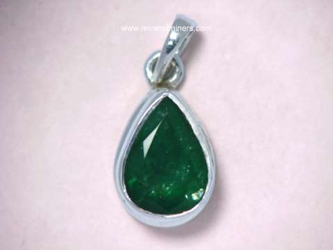 Large Image of emej216_emerald-jewelry