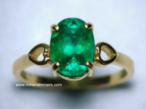 Large Image of emej238_emerald-ring