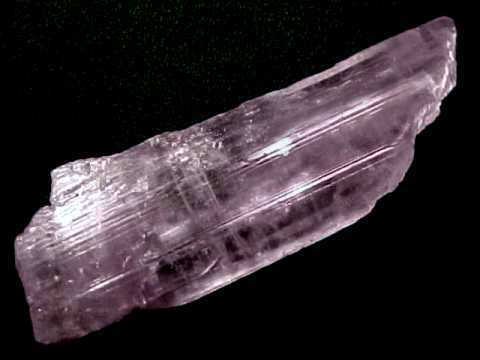 Large Image of kunm343_kunzite-crystal