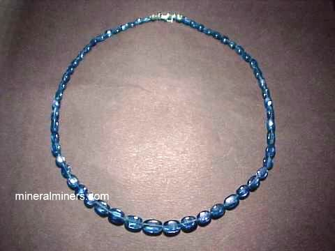 Large Image of kyaj119x_blue-kyanite-necklace