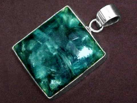 Large Image of kyaj187_kyanite-jewelry
