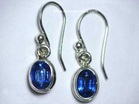 Large Image of kyaj215x_blue-kyanite-earrings