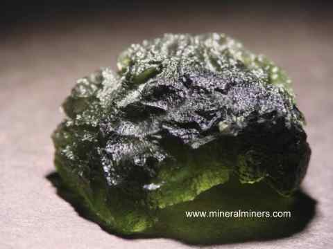 Large Image of molm373_moldavite