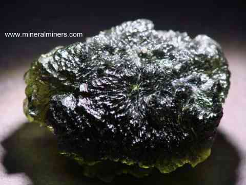 Large Image of molm380_moldavite