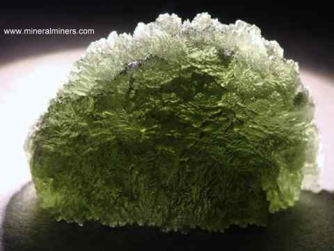 Large Image of molm382_moldavite