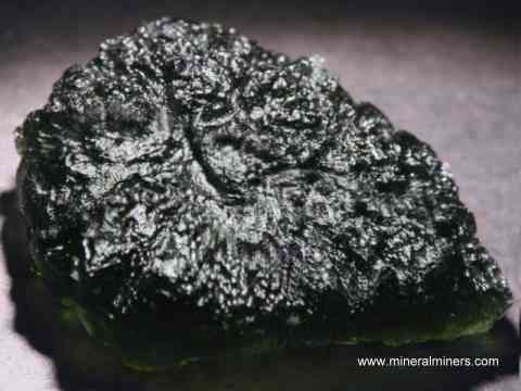 Large Image of molm385_moldavite