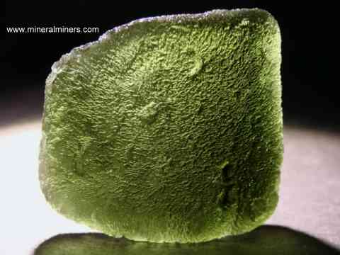 Large Image of molm391_moldavite