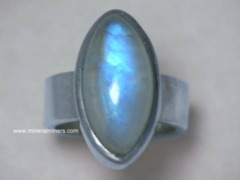 Large Image of mooj494_moonstone-jewelry