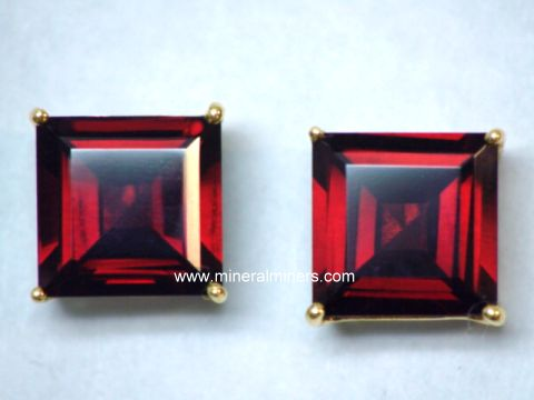 Large Image of mozj125-red-garnet-earrings