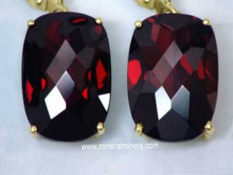 Large Image of mozj138-red-garnet-earrings