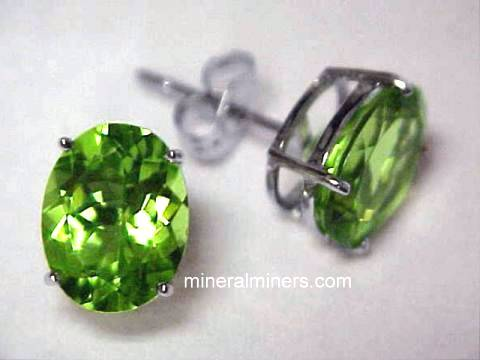 Large Image of perj158_peridot-earrings