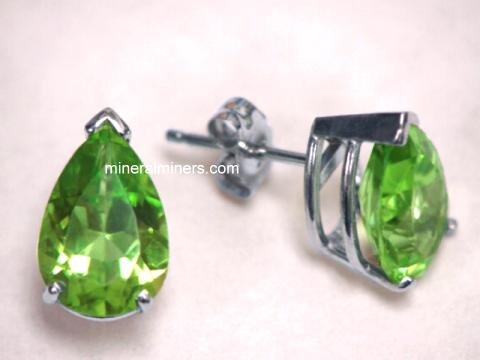 Large Image of perj197_peridot-earrings