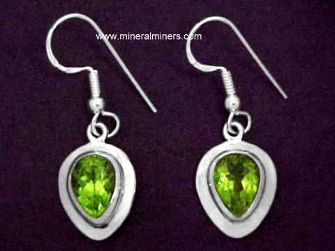 Large Image of perj265_peridot-earrings